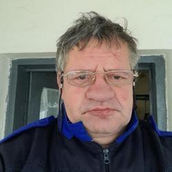 un bărbat din Craiova cauta femei din Craiova)